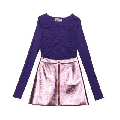 shirring slim t-shirt & zip-up shining skirt